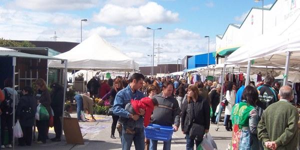 Aquest diumenge reobre el Mercat Municipal de Torrefarrera amb menys parades i extremant les mesures de seguretat