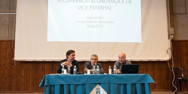 Conferència de l'economista Germà Bel a Torrefarrera sobre la situació econòmica actual i les polítiques necessàries per una recuperació sostinguda