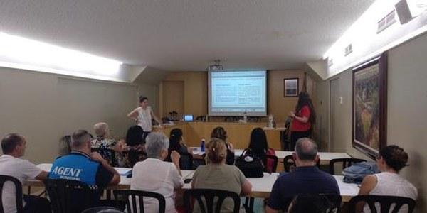 Curs de llenguatge no sexista per al personal de l'Ajuntament amb una quinzena d'assistents