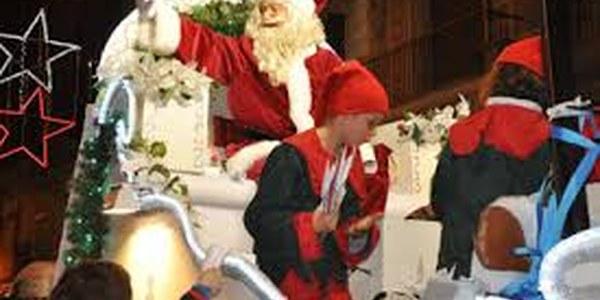 El dia 24 per la tarda Cercavila del Pare Noel, i a continuació Missa Del Gall.