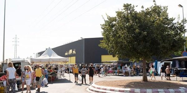 El Mercat de Torrefarrera obre a partir d'aquest diumenge totes les parades i es manté la limitació d'aforament de clients del 30%