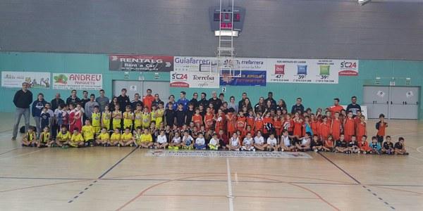 El pavelló de Torrefarrera acull la Trobada d'Escoles de Bàsquet de Lleida