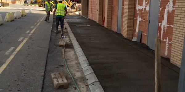 L'Ajuntament arranja un tram de l'avinguda de Lleida per garantir la seguretat dels vianants