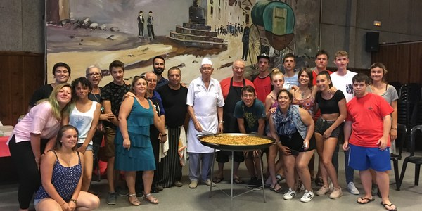 Torrefarrera s'acomiada dels joves que han participat en el camp de treball internacional amb un sopar de germanor
