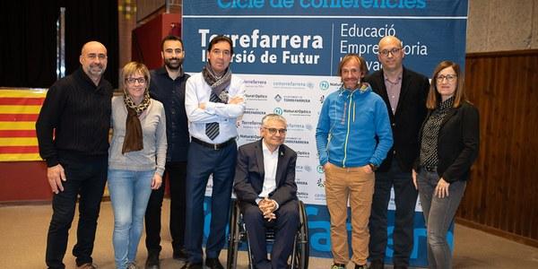 Un centenar de persones en la conferència a Torrefarrera de l'alpinista Ferran Latorre, el primer català a escalar els catorze vuit mils del planeta